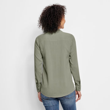 Long-Sleeved Everyday Silk Shirt -  image number 2