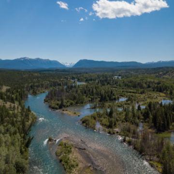 Tsylos Park Lodge, BC -  image number 2