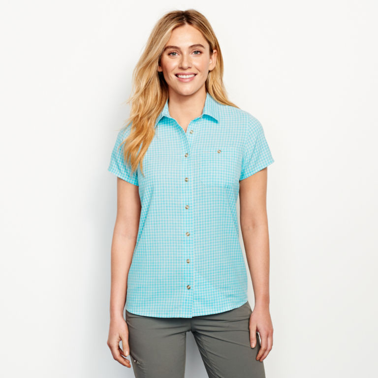 Plaid Short-Sleeved Tech Chambray Work Shirt -  image number 0
