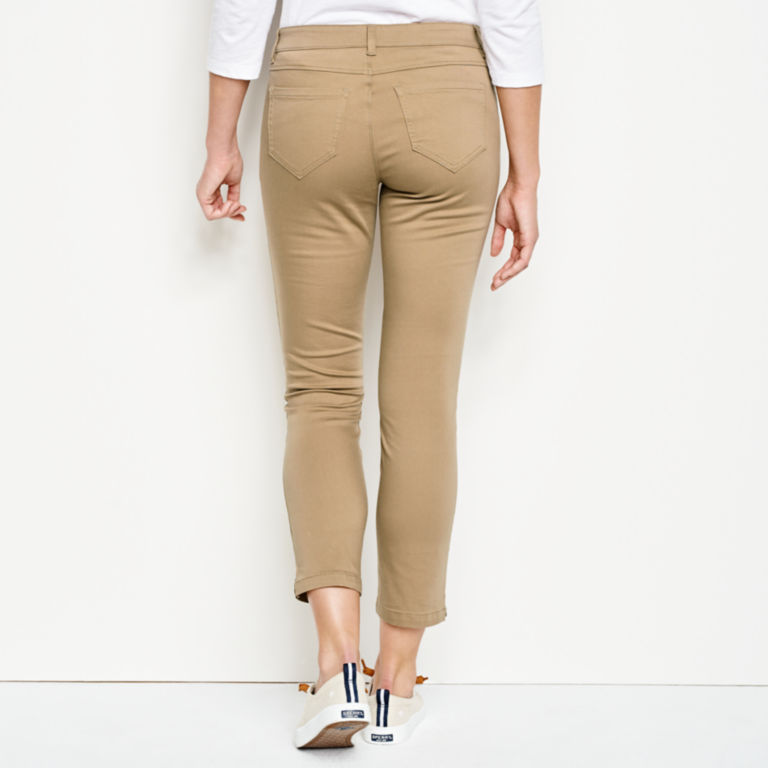 All-Day Stretch Twill Crop -  image number 2