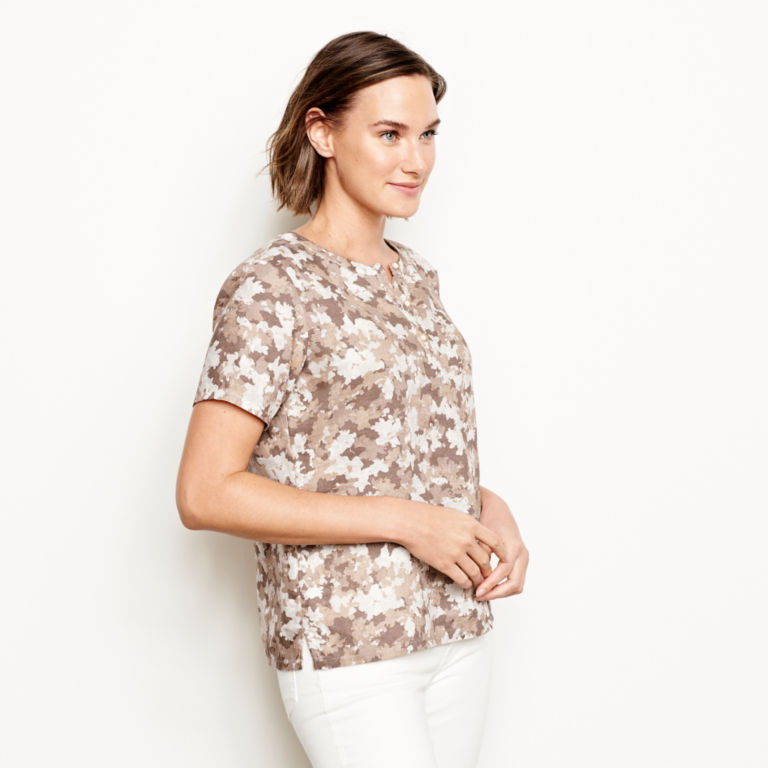 Printed Lightweight Linen Short-Sleeved Sweetwater®  Popover -  image number 1