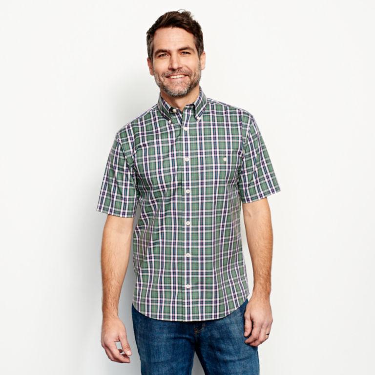 Wrinkle-Free Short-Sleeved Shirt - Regular -  image number 1