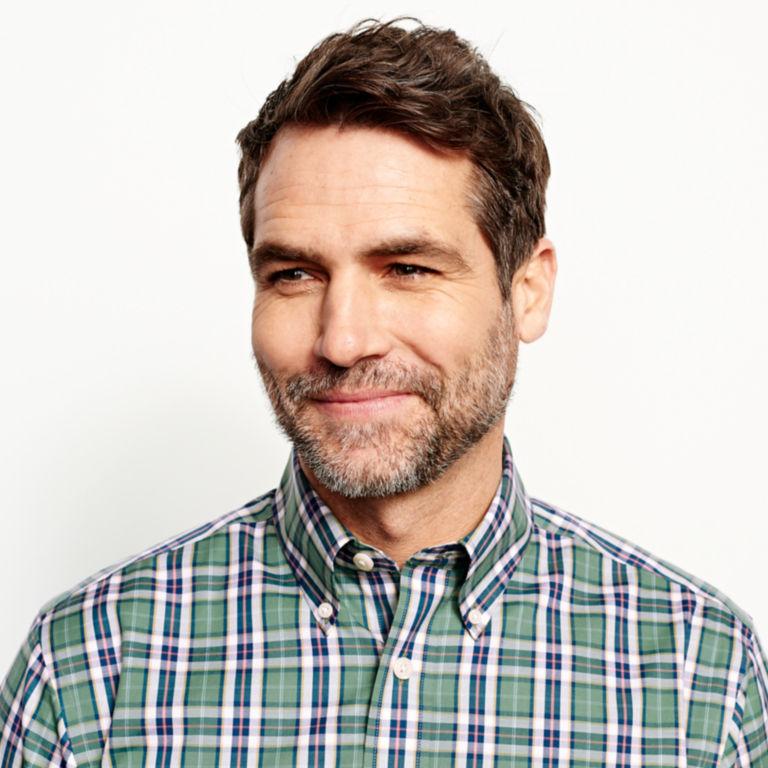 Wrinkle-Free Short-Sleeved Shirt - Regular -  image number 4
