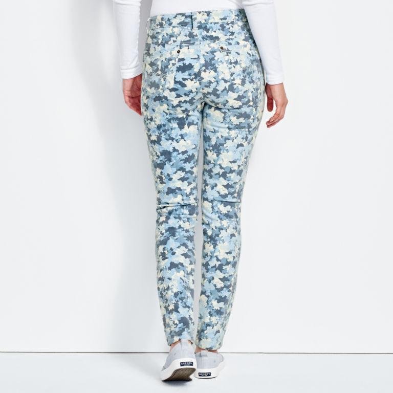 Printed Four-Way Stretch Ankle Pants -  image number 2