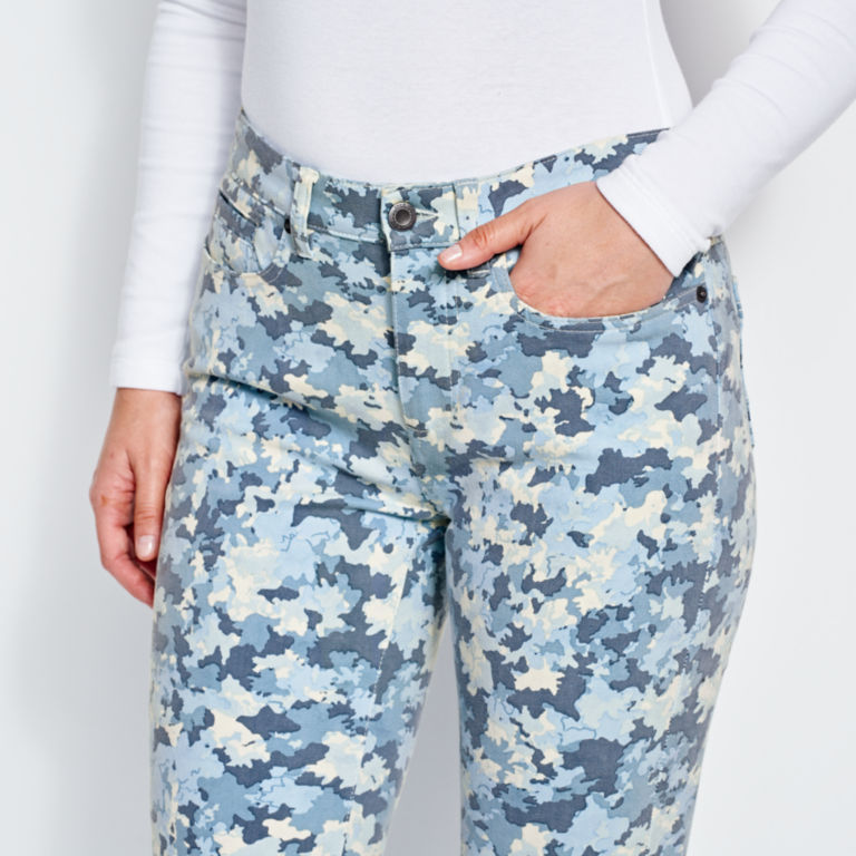 Printed Four-Way Stretch Ankle Pants -  image number 4