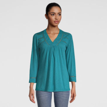 West River Three-Quarter-Sleeved Tee -
