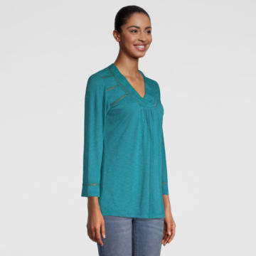 West River Three-Quarter-Sleeved Tee -  image number 1