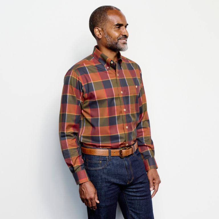 Wrinkle-Free Stretch Long-Sleeved Shirt - Regular -  image number 3