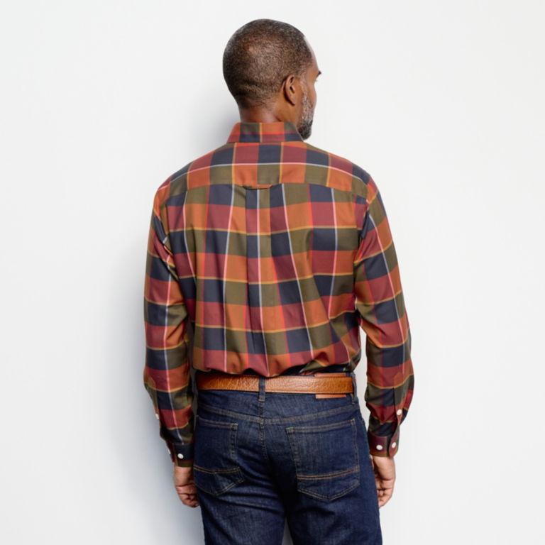 Wrinkle-Free Stretch Long-Sleeved Shirt - Regular -  image number 4