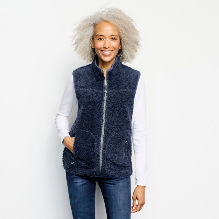 Sherpa Vest -  image number 0