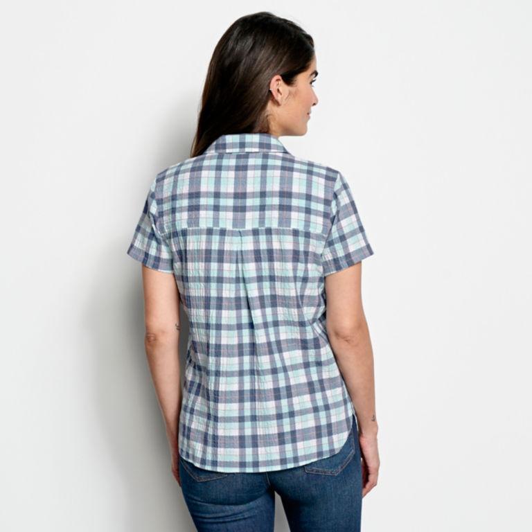 Short-Sleeved Crushed Herringbone Shirt -  image number 2