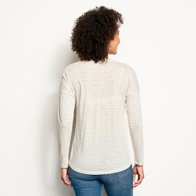 Striped And Embroidered Long-Sleeved V-Neck Tee - BLUE FOG image number 2