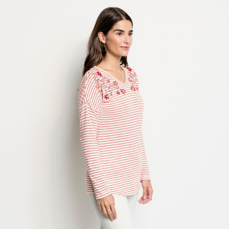 Striped And Embroidered Long-Sleeved V-Neck Tee - BEET image number 2