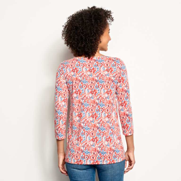 Relaxed Printed Three-Quarter-Sleeved Tee -  image number 2