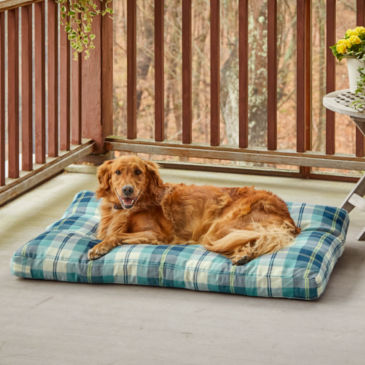 Orvis + Livesmart® Outdoor Dog Bed -