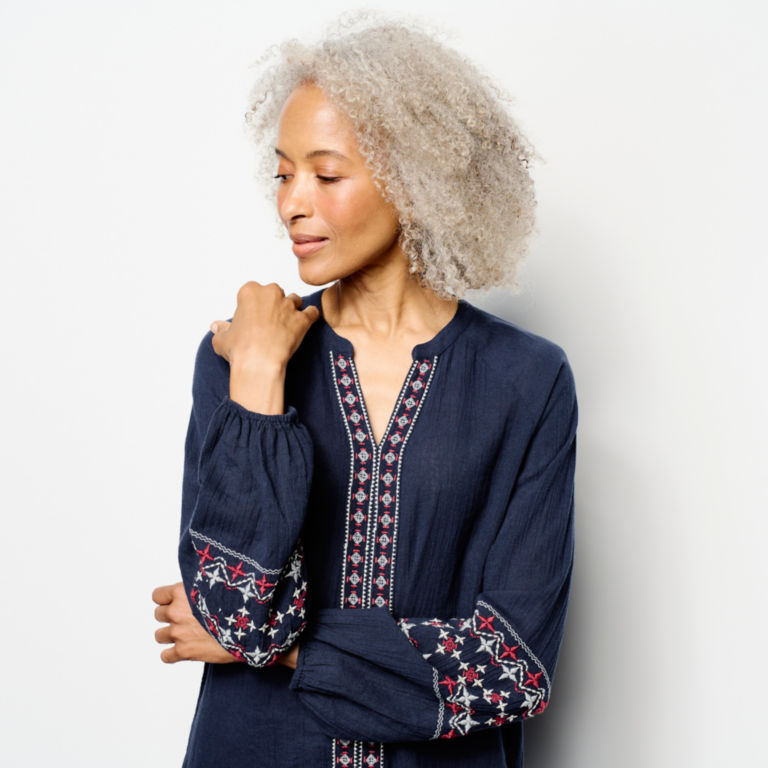 Long-Sleeved Embroidered Popover Shirt -  image number 3