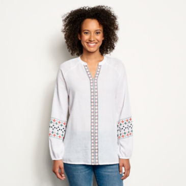 Long-Sleeved Embroidered Popover Shirt -