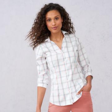 Wrinkle-Free Three-Quarter-Sleeved Patterned Shirt -  image number 4