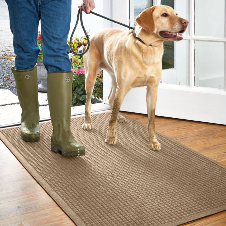 Grid Recycled Water Trapper® Mat -  image number 0