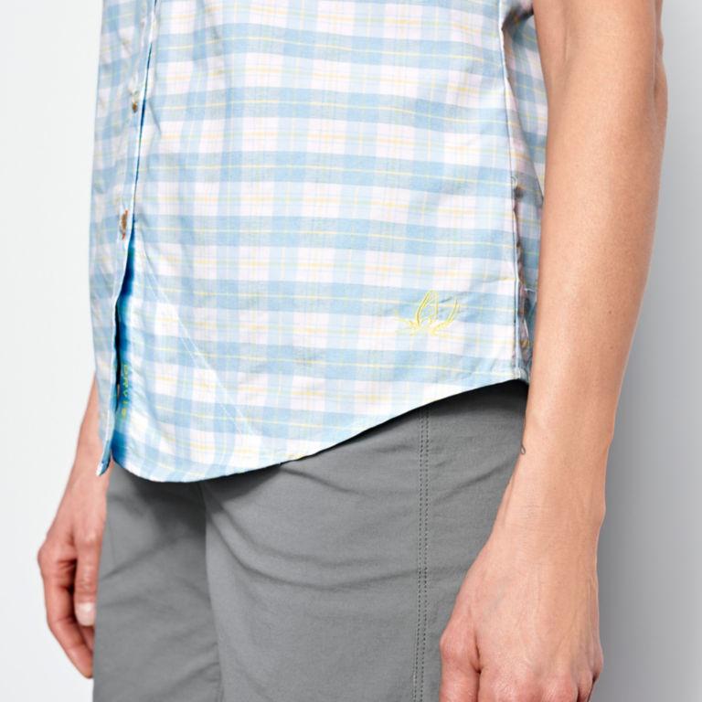 Women's Rainy Bridge Short-Sleeved Tech Shirt -  image number 4