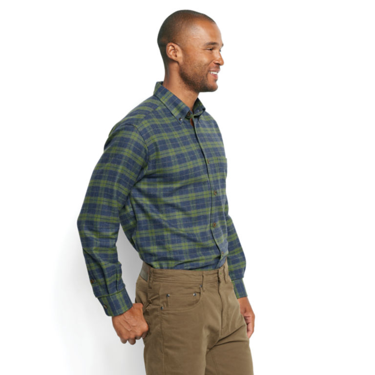Lodge Flannel Long-Sleeved Shirt - Regular -  image number 2