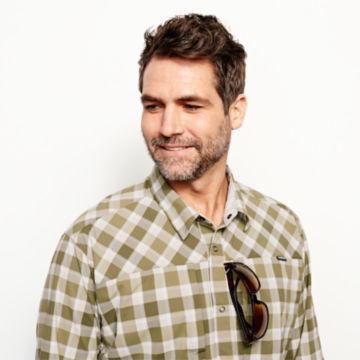 Men's PRO Stretch Long-Sleeved Shirt -  image number 4