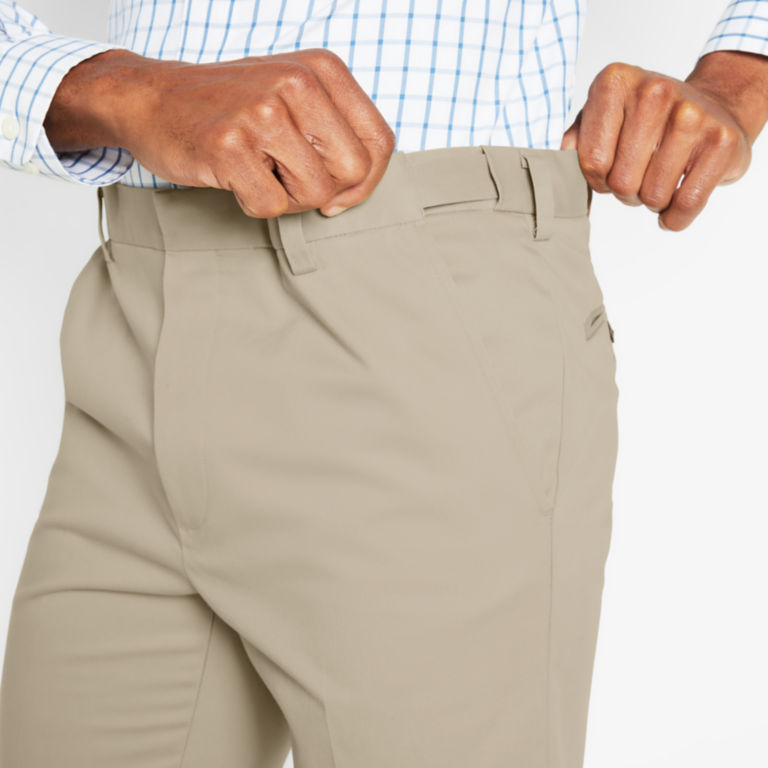 Wrinkle-Free Stretch Chinos Pleated -  image number 4