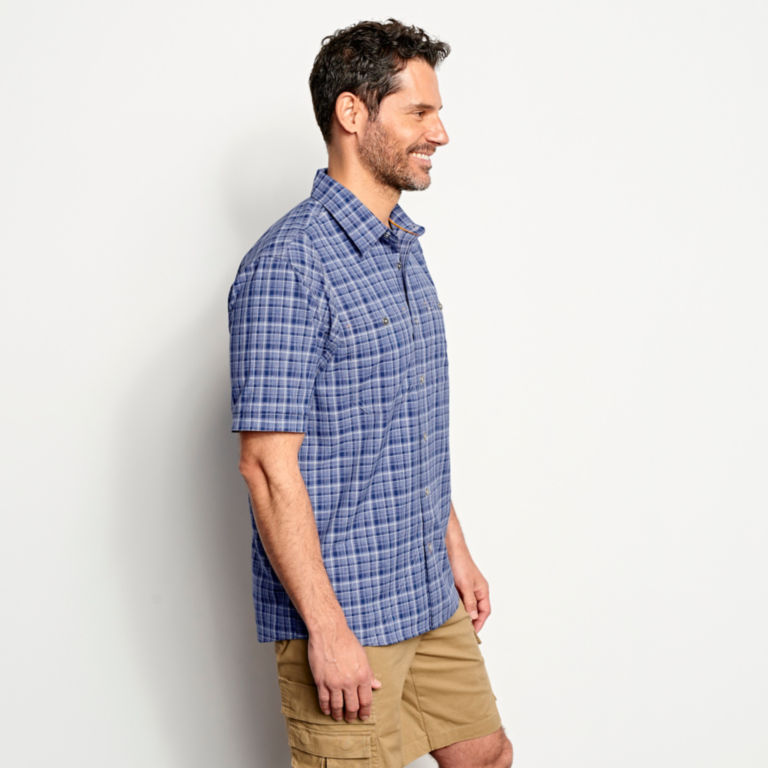 Tech Chambray Short-Sleeved Work Shirt -  image number 2