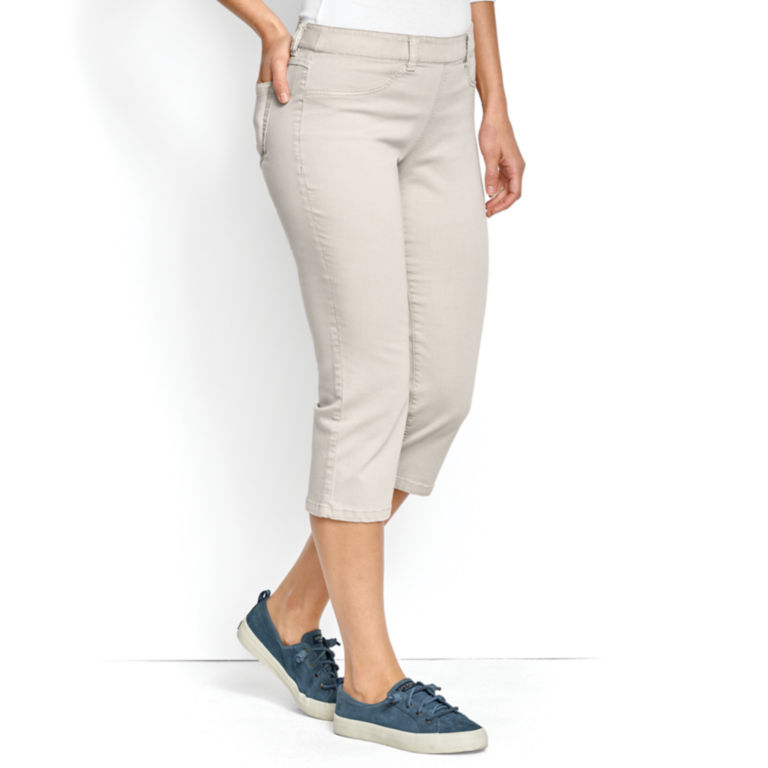 All-Day Stretch Twill Capris -  image number 1