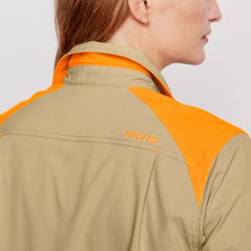 Women's PRO LT Hunting Shirt -  image number 3
