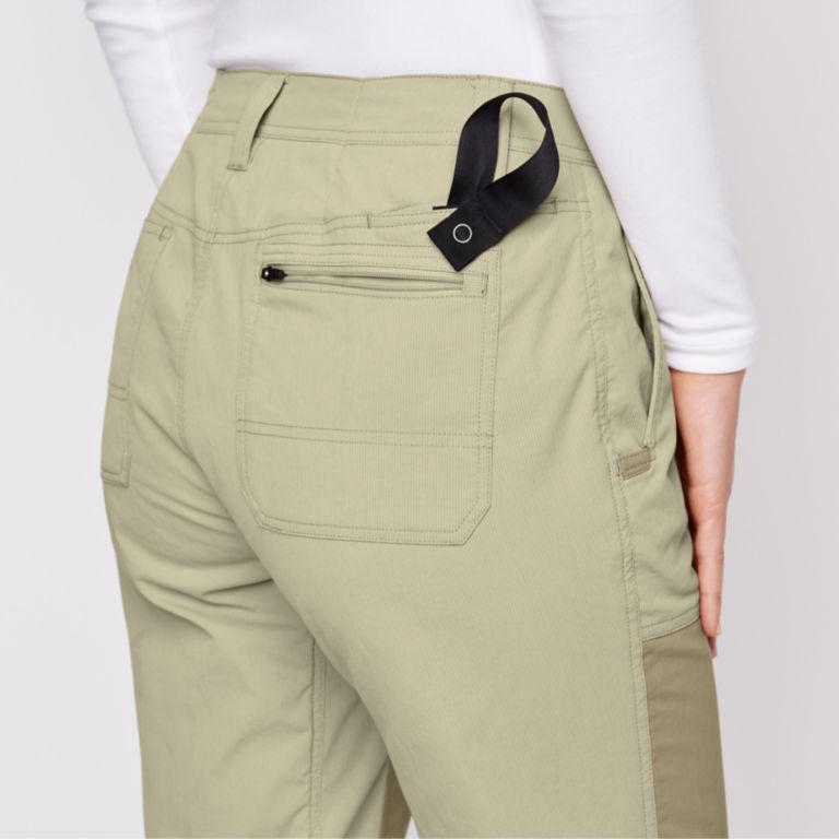 Women's PRO LT Hunting Pants - SAND/DARK KHAKI image number 4