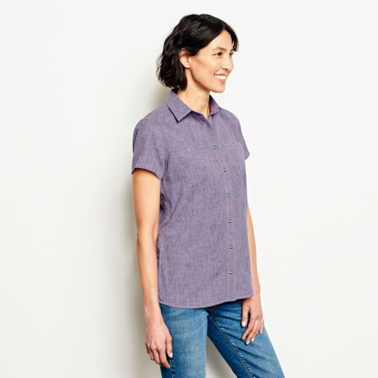 Short-Sleeved Tech Chambray Work Shirt -  image number 1