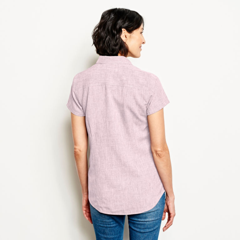 Short-Sleeved Tech Chambray Work Shirt -  image number 2