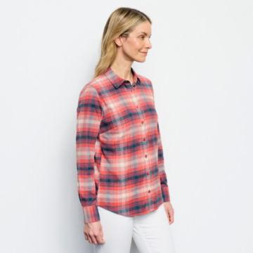 Women's Tech Flannel Shirt -  image number 3