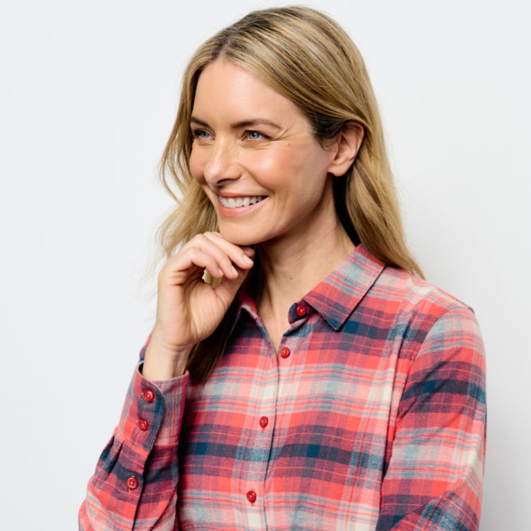 Women's Tech Flannel Shirt -  image number 5