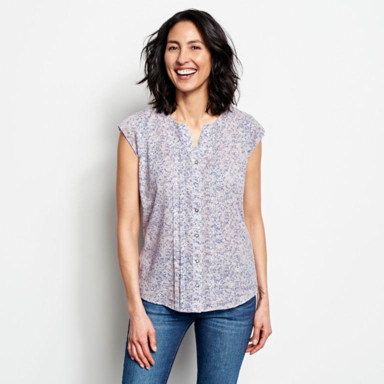 Printed Pintucked Short-Sleeved Shirt -  image number 0