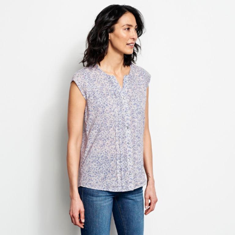 Printed Pintucked Short-Sleeved Shirt -  image number 1