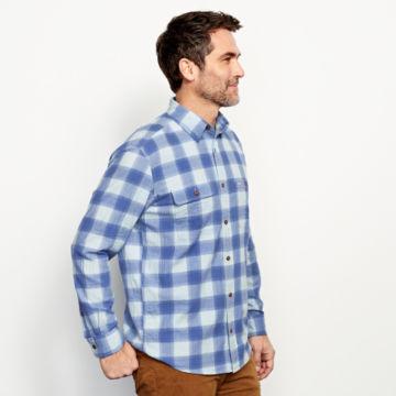 Crushed Herringbone Long-Sleeved Shirt -  image number 2