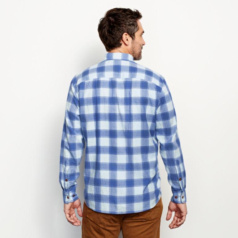 Crushed Herringbone Long-Sleeved Shirt -  image number 3