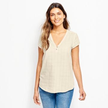 Garment-Dyed Dobby Cap-Sleeved Shirt -  image number 0