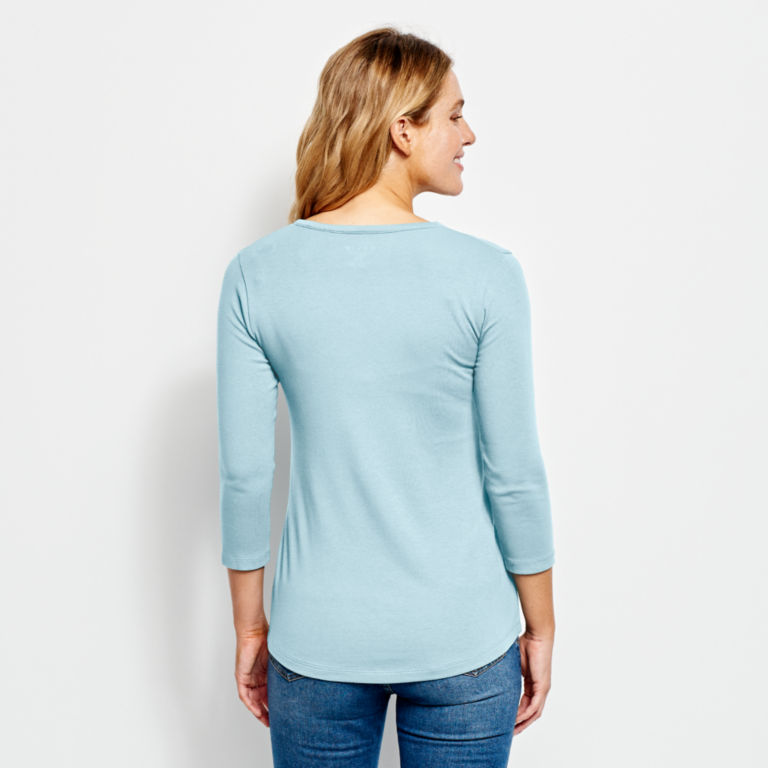 Relaxed V-Neck Three-Quarter-Sleeved Perfect Tee -  image number 2