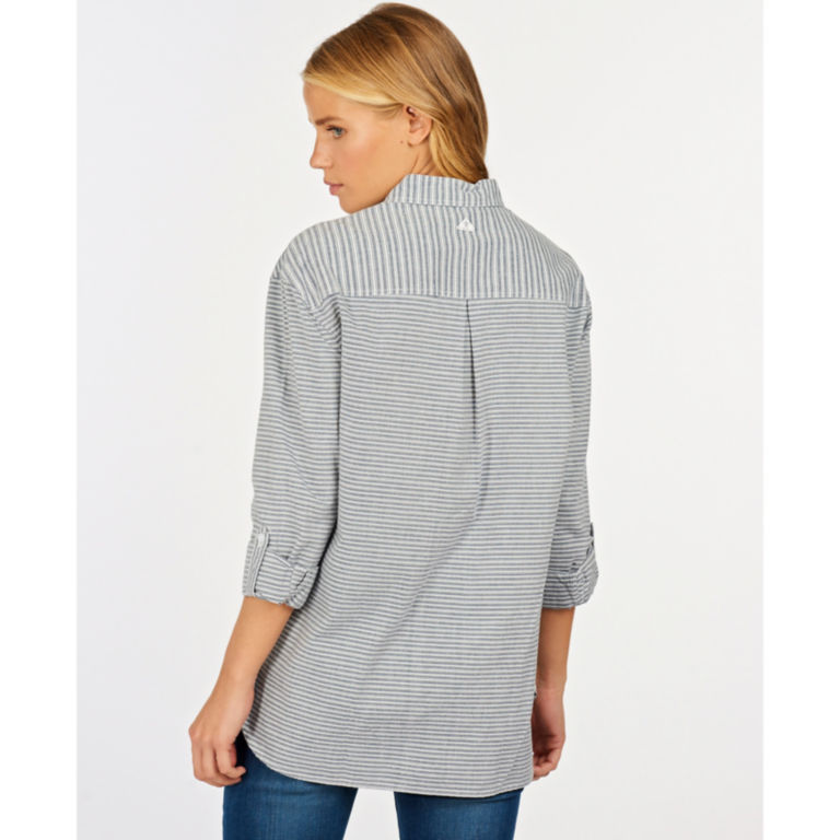 Barbour® Longshore Shirt - CLOUD/NAVY image number 2