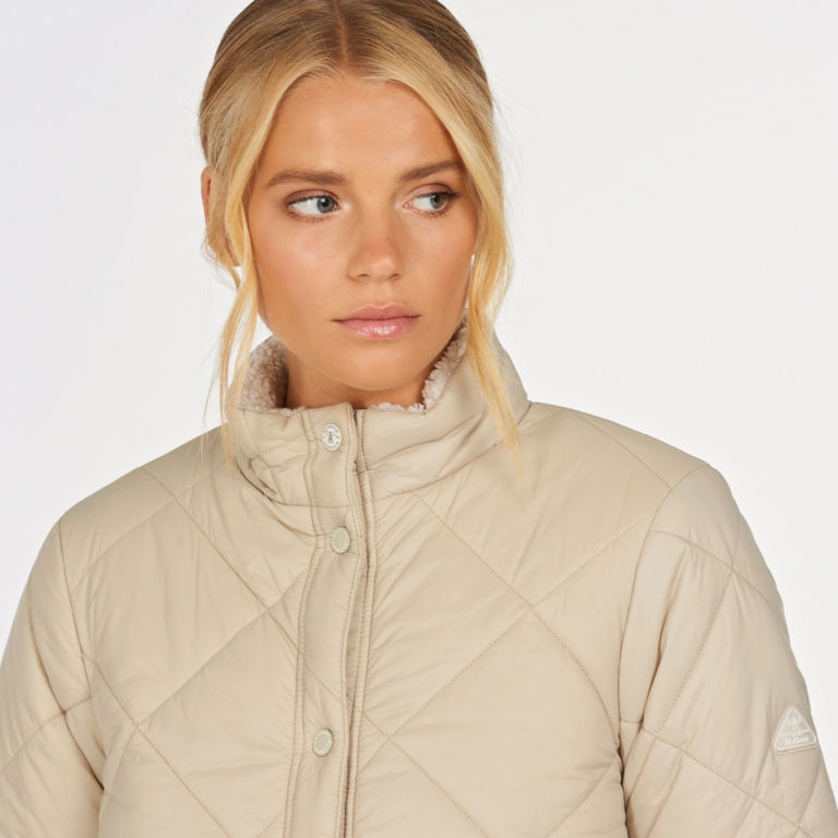 Barbour® Whelk Quilted Jacket - MIST image number 3
