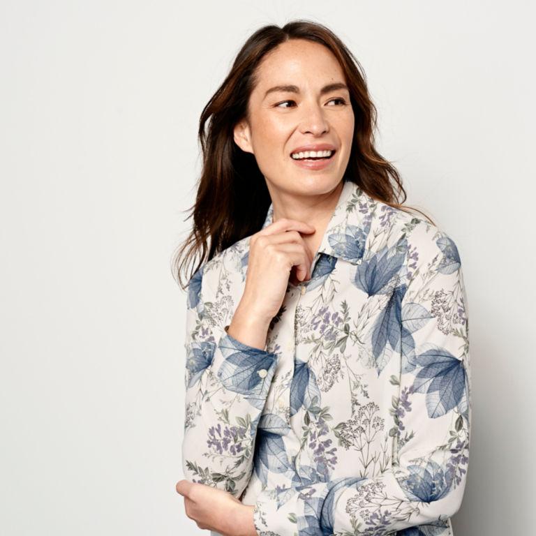 Long-Sleeved Everyday Silk Shirt -  image number 3