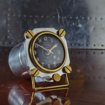 Aluminum Altimeter Clock -  image number 2