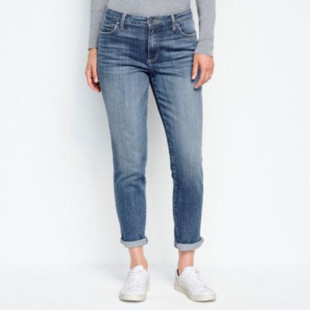 waist down of woman wearing jeans