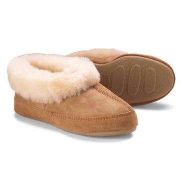 Acorn® Oh Ewe Slippers -