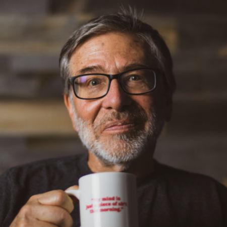 A portrait of Tom Rosenbauer